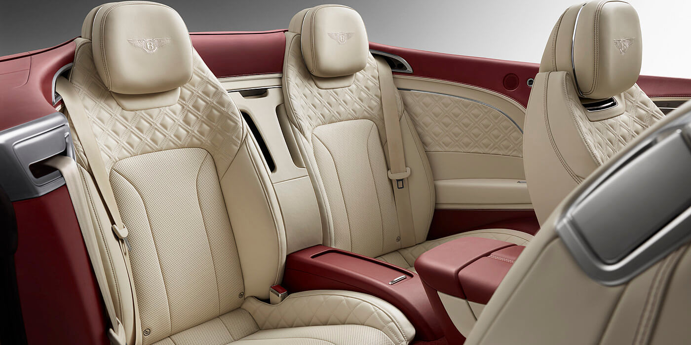 BENTLEY-CONTINENTAL-GT-CONVERTIBLE-REAR-INTERIOR-LEATHER-SEAT-AND-STITCHING